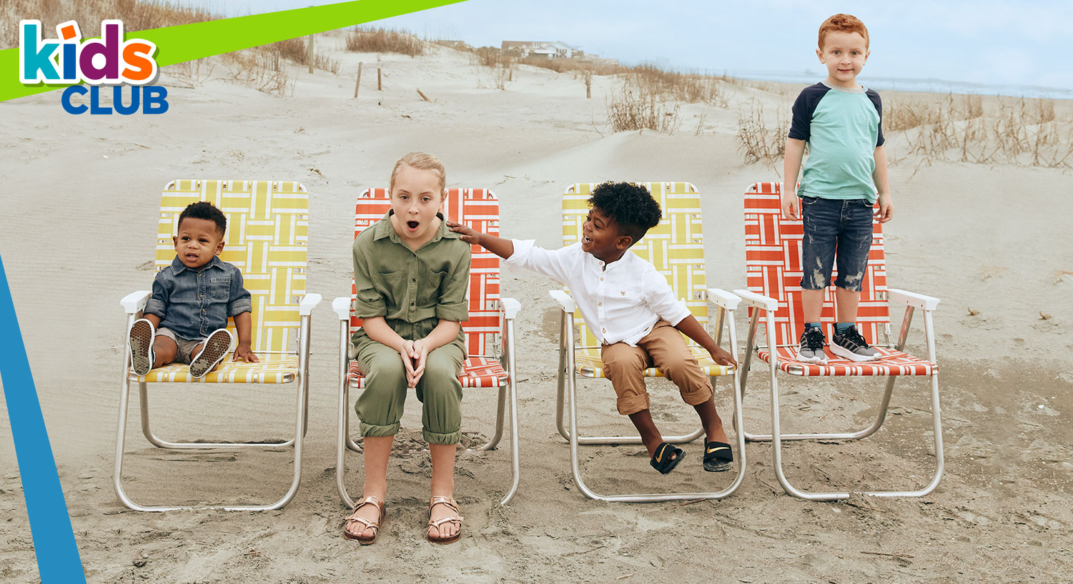 kids sitting in beach chairs